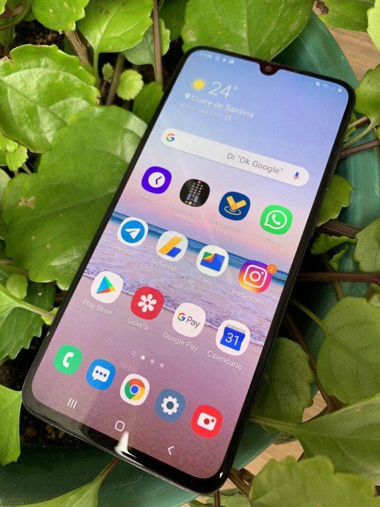 Samsung Galaxy A70 frontal 3