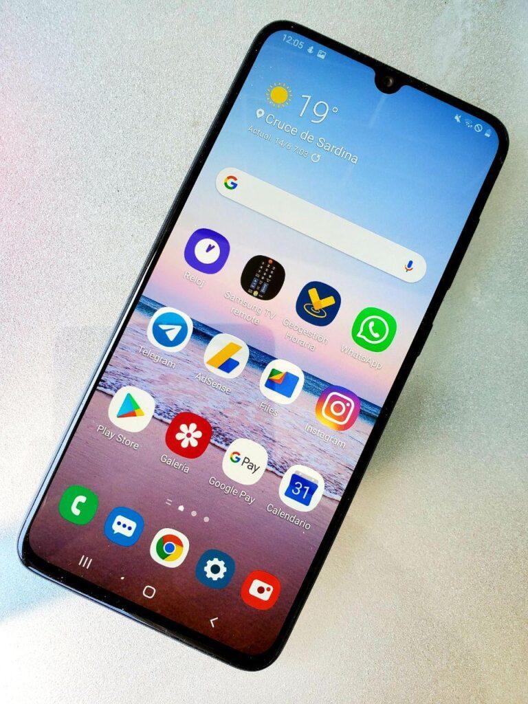 Samsung Galaxy A70 pantalla 1
